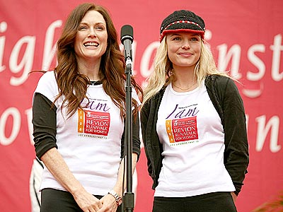 CAUSE CELEB photo | Julianne Moore, Kate Bosworth
