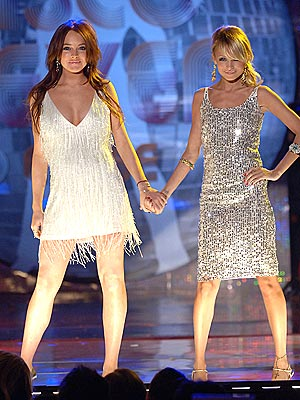 DYNAMIC DUO photo | Lindsay Lohan, Nicole Richie