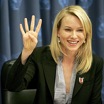 LENDING A HAND photo | Naomi Watts