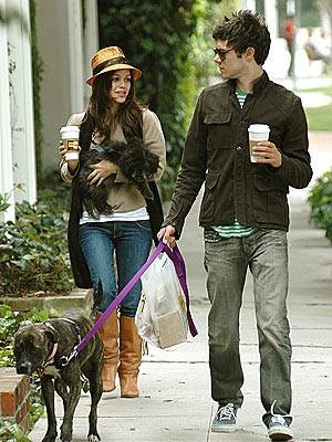 ANIMAL MAGNETISM photo | Adam Brody, Rachel Bilson