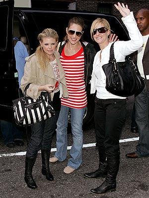 WHISTLING DIXIE photo | Dixie Chicks, Emily Robison, Martie Maguire, Natalie Maines
