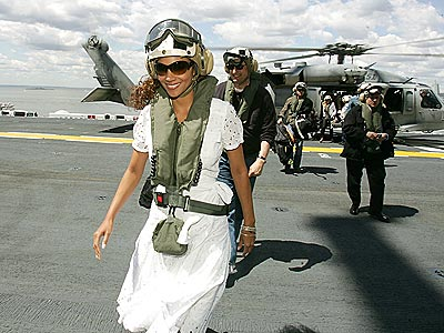 NAVAL GAZING photo | Halle Berry