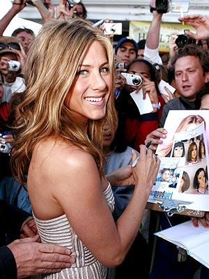 FAN FAVORITE photo | Jennifer Aniston