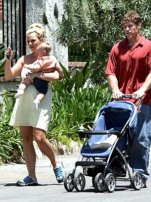MOMMY & ME photo   Britney Spears