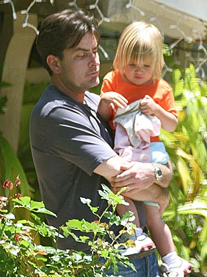 DADDY DAYCARE photo | Charlie Sheen
