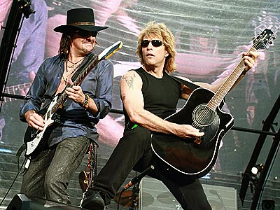 GETTING THEIR LICKS photo | Bon Jovi, Richie Sambora