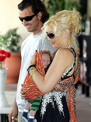 FAMILY GATHERING photo | Gavin Rossdale, Gwen Stefani