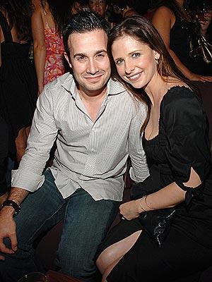 SO HAPPY TOGETHER photo | Freddie Prinze Jr., Sarah Michelle Gellar