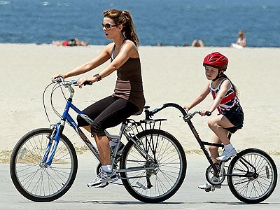 BICYCLE BUILT FOR TWO photo | Kate Beckinsale