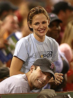 GAME DAY photo | Ben Affleck, Jennifer Garner