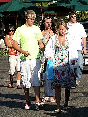 FULL CART photo   Britney Spears