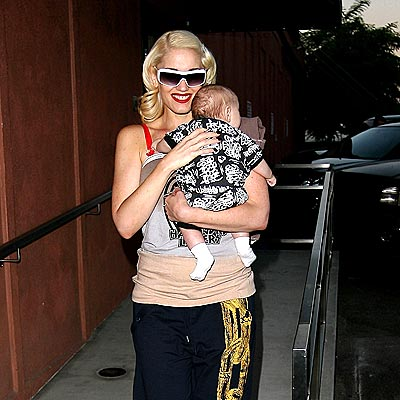 WORKING MOM photo | Gwen Stefani