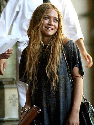 ABOUT FACE photo | Mary-Kate Olsen