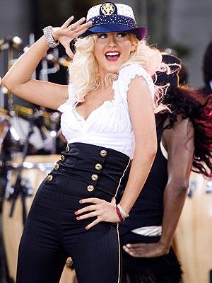 'BASIC' TRAINING photo | Christina Aguilera