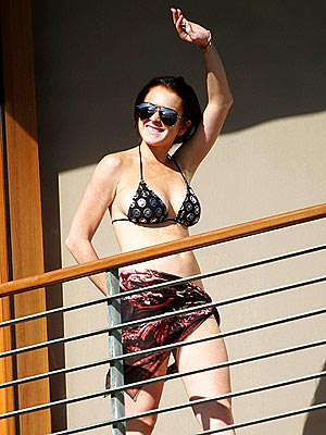 HIGH HANDED  photo | Lindsay Lohan