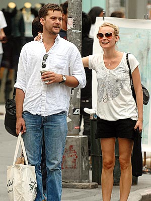 DAY OFF photo | Diane Kruger, Joshua Jackson