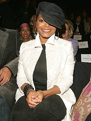 FASHION FORWARD  photo | Janet Jackson