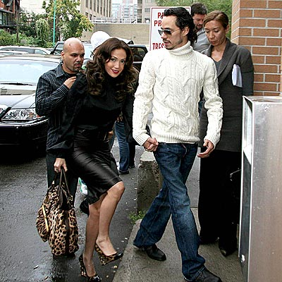 GETTING A GRIP photo | Jennifer Lopez, Marc Anthony