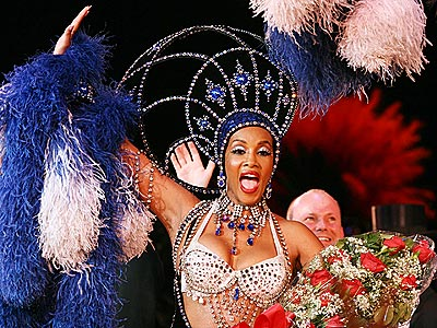 'FOX'-Y SHOWGIRL photo | Vivica A. Fox