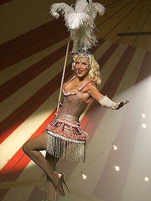 FLYING HIGH  photo | Christina Aguilera