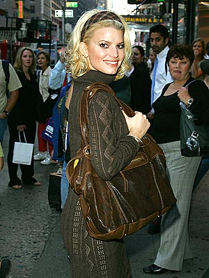 WORKING GIRL  photo | Jessica Simpson