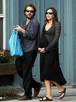 PACING THEMSELVES photo | Maggie Gyllenhaal, Peter Sarsgaard