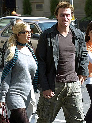 NORTHERN EXPOSURE photo | Dean McDermott, Tori Spelling