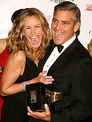 MAN OF THE HOUR  photo | George Clooney, Julia Roberts