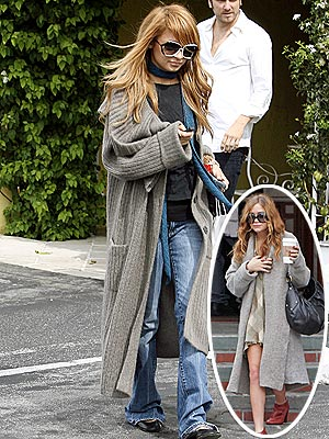 SUPER-SIZE IT photo | Nicole Richie