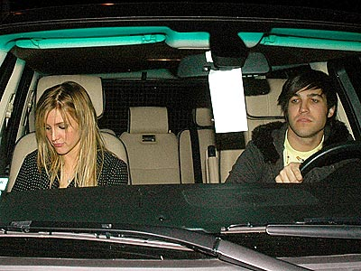 BACK IN TOWN  photo | Ashlee Simpson, Pete Wentz