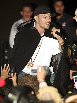 STAGE MAGIC  photo | Kevin Federline