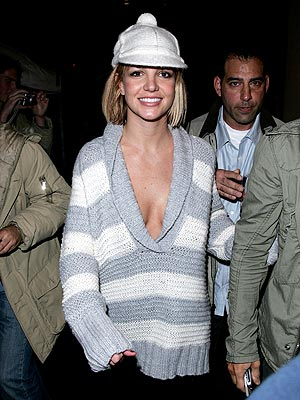 PLAYING ICE  photo | Britney Spears, Kevin Federline