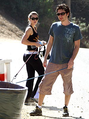 CURB APPEAL photo | Jessica Biel, Zach Braff