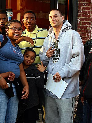 FAN CLUB  photo | Kevin Federline