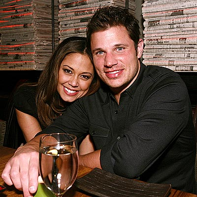 GETTING &#39;SOCIAL&#39; photo | Nick Lachey, Vanessa Minnillo
