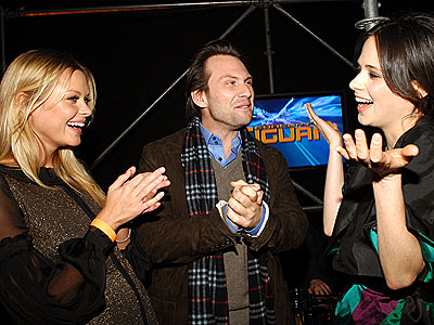 THREE&#39;S COMPANY photo | Christian Slater, Jaime King, Zooey Deschanel