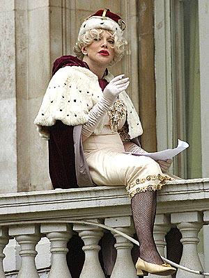 HOLDING COURT  photo | Courtney Love