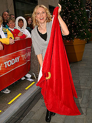 IT'S IN THE BAG photo | Naomi Watts