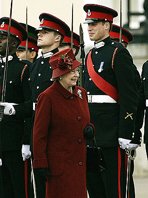 GRADUATION DAY photo | Prince William, Queen Elizabeth II