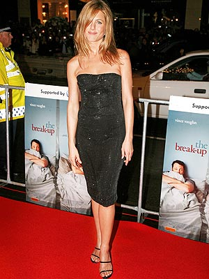 jennifer aniston fashion. THE CLASSIC photo | Jennifer