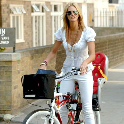 TWO SEATER  photo | Elle Macpherson