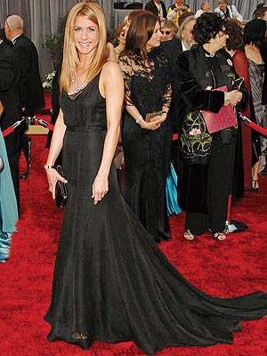 http://img2.timeinc.net/people/i/2006/stylechannel/gallery/bw_best/jennifer_aniston300x400.jpg