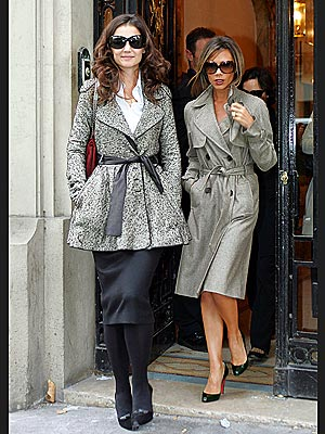 IN THE TRENCHES photo | Katie Holmes, Victoria Beckham