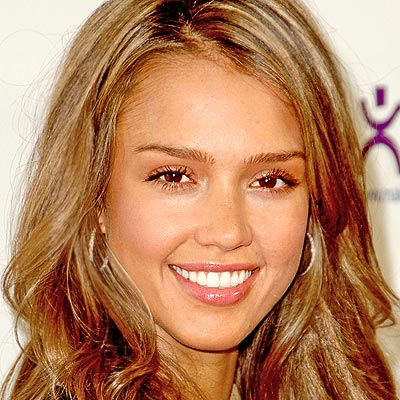 jessica alba hair highlights. The Fresh, No-Makeup,