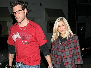 Couples Watch: Anne & Raffaello, Ashton & Demi...| Couples, Caught in the Act, Dean McDermott, Tori Spelling