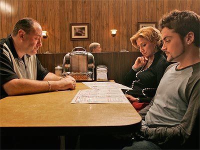 photo | Edie Falco, James Gandolfini, Robert Iler