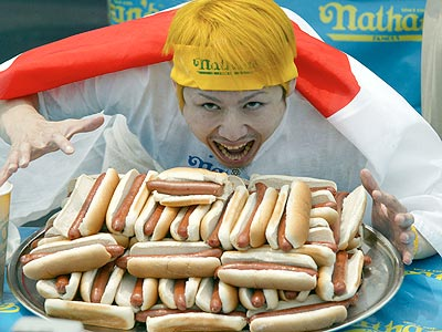 takeru kobayashi The 9 Most Interesting Variations of a Hot Dog Around the World