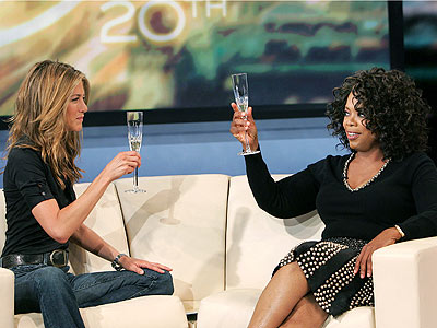  photo | Jennifer Aniston, Oprah Winfrey