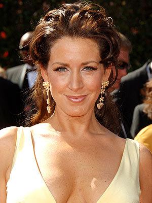 JOELY FISHER photo | Joely Fisher
