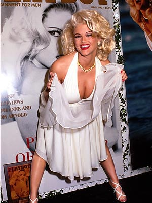FROM NOBODY TO SOME BUNNY photo | Anna Nicole Smith